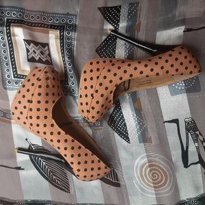 Polka dot pumps heels stilettos salmon orange